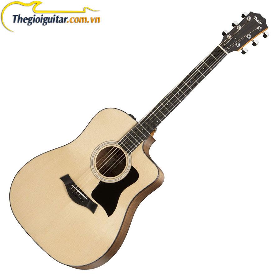 Guitar Taylor 210